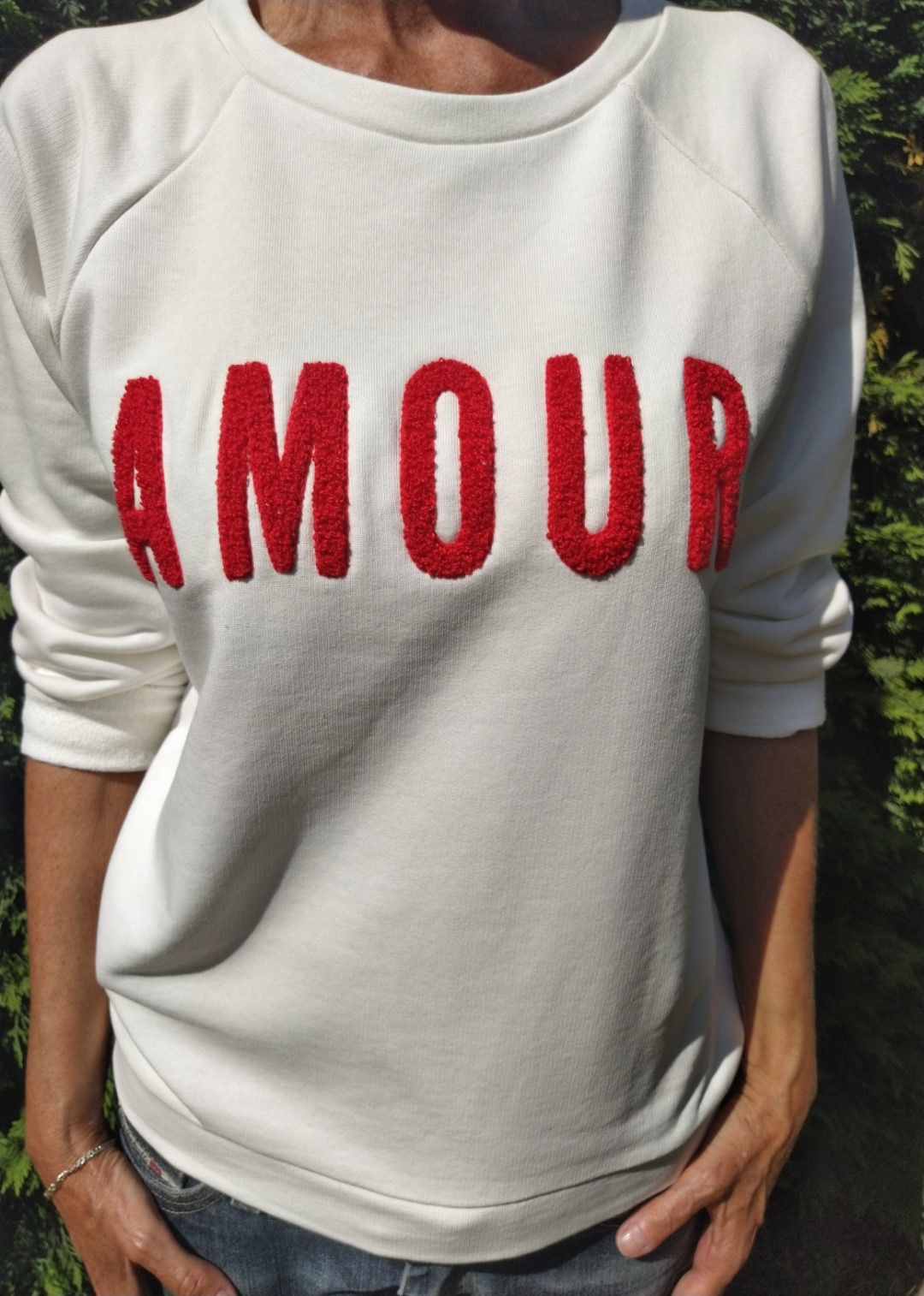 Sweat blanc N°55 Amour rouge
